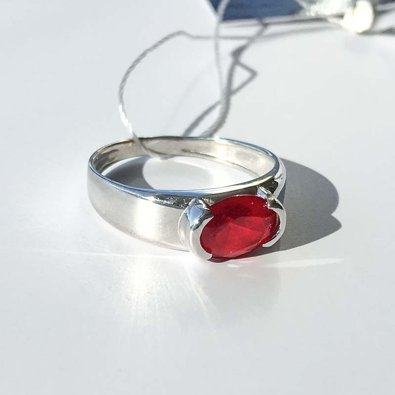 Серебряное кольцо с nano-Рубином (10282)