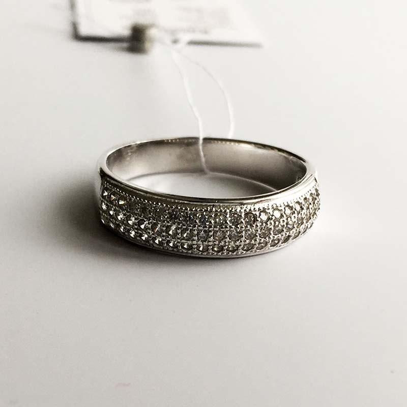 Серебряное кольцо с фианитами (410542)