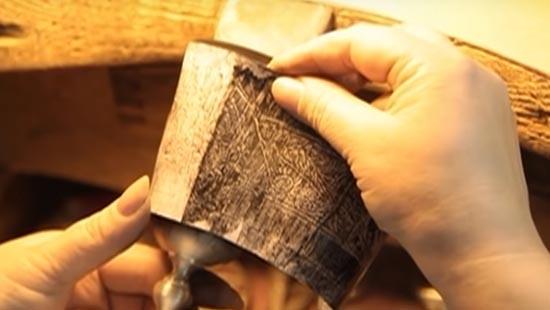 Перенос узора с на поверхность серебряного бокала