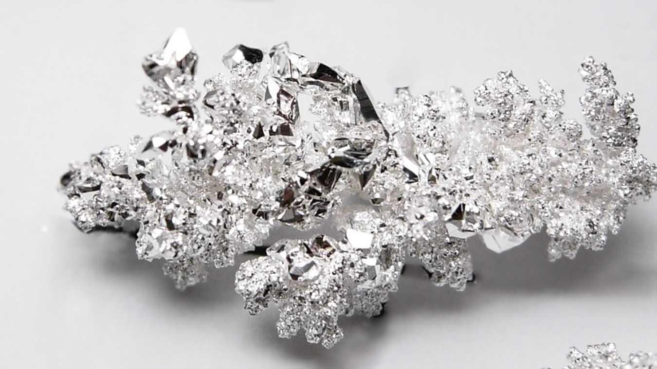 Самородок серебра, серебро в природе.